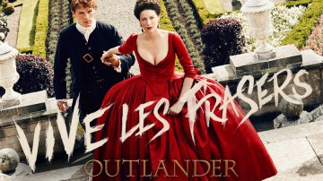 outlander-caitriona-balfe-sam-heughan-season-2-red-dress
